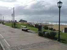 Avenue Coastal Stroll